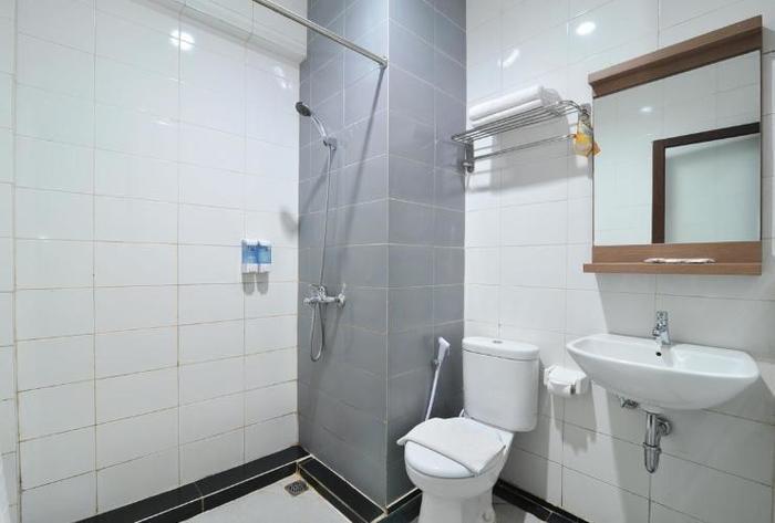 Ideas Hotel Bandung - Bathroom