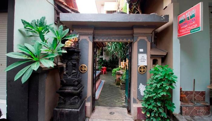 RedDoorz @Poppies Lane Two Bali - Exterior