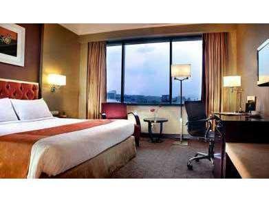 Hotel Ciputra Semarang - Kamar Deluxe