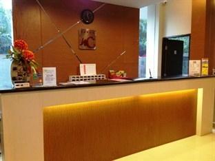 Hotel New Coklat Surabaya - Resepsionis