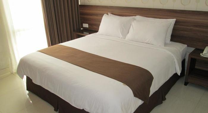 Hotel New Coklat Surabaya - Rooms1