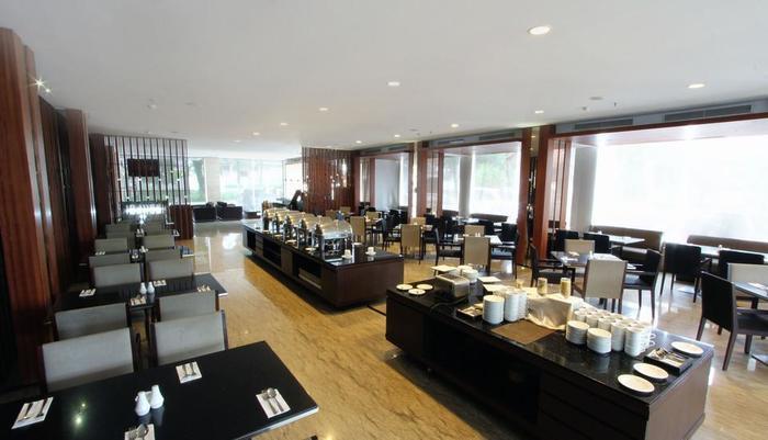 Hotel Mitra Bandung - Kayu Manis Restaurant