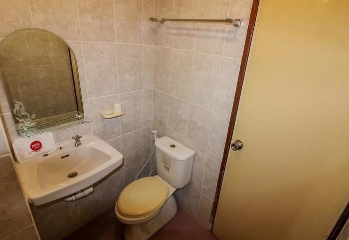 NIDA Rooms Jaya Barat 15 Marvel City - Kamar mandi