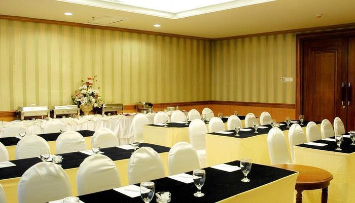 Hotel Tunjungan Surabaya - Anggrek Room