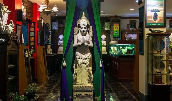 Dhanesvara Homestay Surabaya - lobi