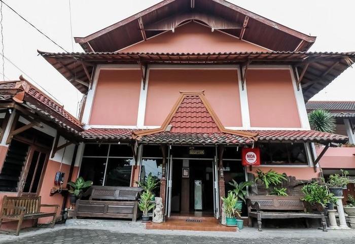 NIDA Rooms Mantrijeron Tugu Station - Penampilan