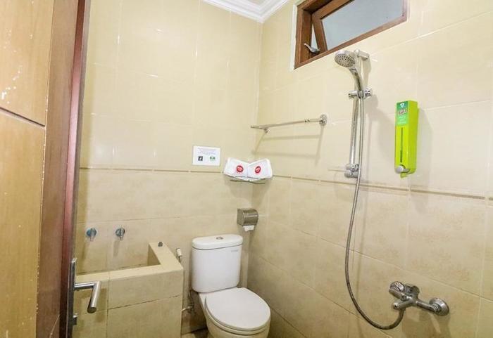 NIDA Rooms South Alun-Alun Kraton Jogja - Kamar mandi