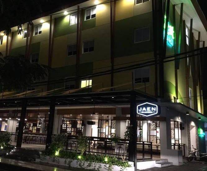 Zest Hotel Legian Bali - Eksterior