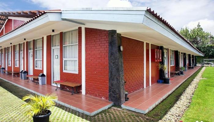 Maple House Lembang - GEDUNG