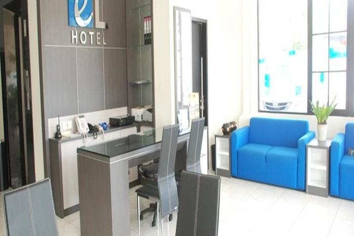 EL Hotel Malang - Lobi