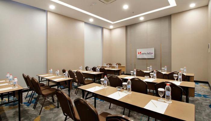 Swiss-Belinn Airport Surabaya Surabaya - Meeting Room