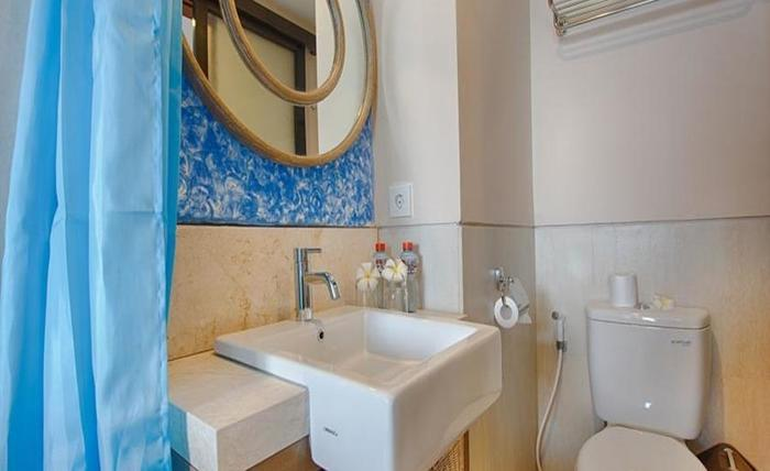 Natya Hotel Gili Trawangan Lombok - Kamar mandi