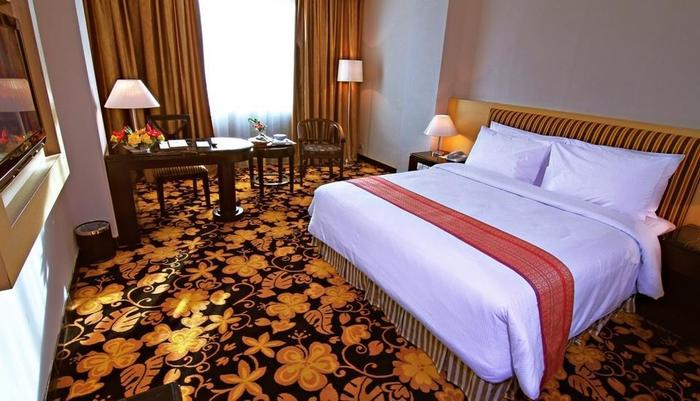 Rocky Plaza Hotel Padang - Deluxe Room
