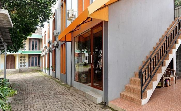 ZEN Rooms Duren Sawit Dermaga Jakarta - Eksterior