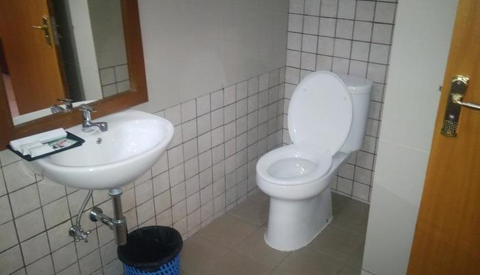 Sukarasa Endah Bandung - bathroom