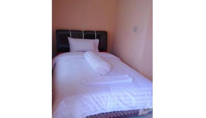 Rome Residence Pandan - Room