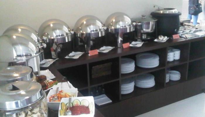 Sarila Hotel Solo - Prasmanan