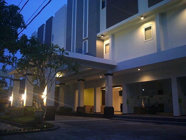 Arianz Hotel Lombok - (24/June/2014)