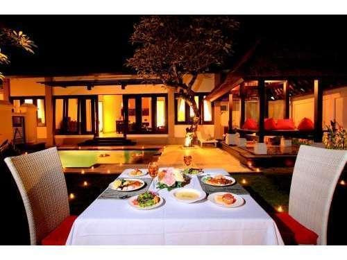 The Tukad Villa Bali - Ruang makan