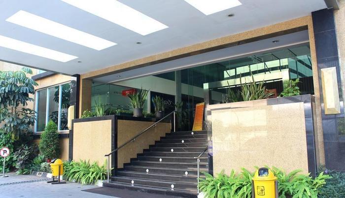 Prasada Mansion Jakarta - Pintu masuk utama