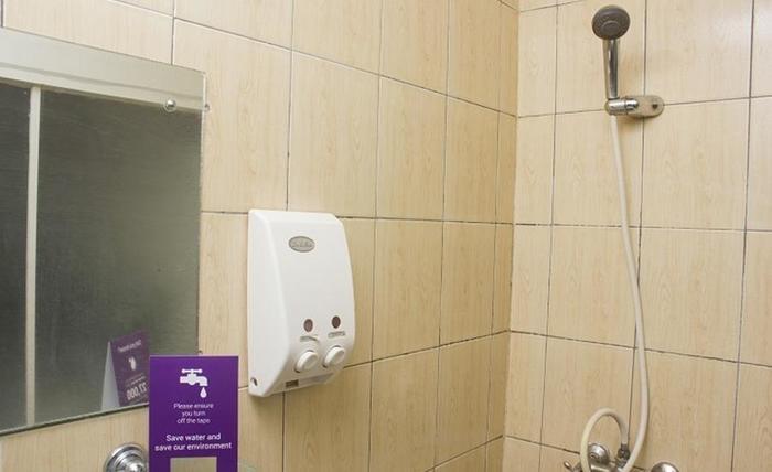 Tinggal Standard Panglima Polim Jakarta - Kamar mandi