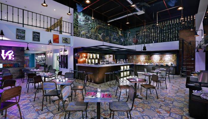 favehotel Kuta Kartika Plaza - favehotel Kartika RESTAURANT(1)