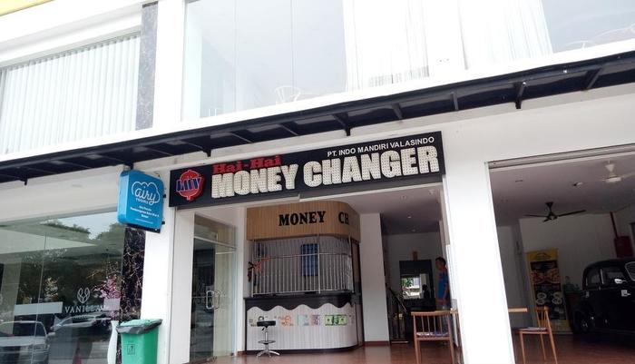 Vanilla Hotel Batam - MONEY CHANGER
