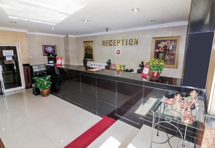 NIDA Rooms Pang Sudirman Runcing Genteng - Resepsionis