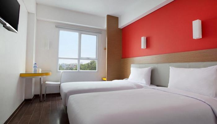 Amaris Hotel Tangerang - Smart Room Twin