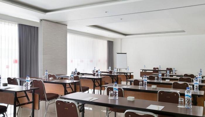 Amaris Hotel Tangerang - Meeting Room