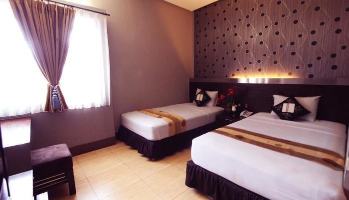 Hotel Pesona Bamboe Bandung - lokasi kamar di gedung dan tempat tidur twin