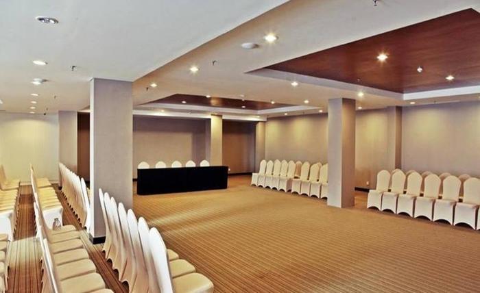 Maestro Hotel Kota Baru Pontianak - Ruang Rapat