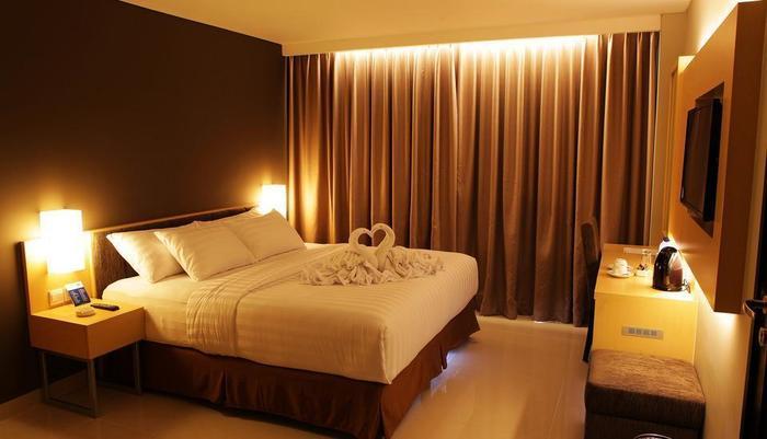 Maestro Hotel Kota Baru Pontianak - Kamar Deluxe