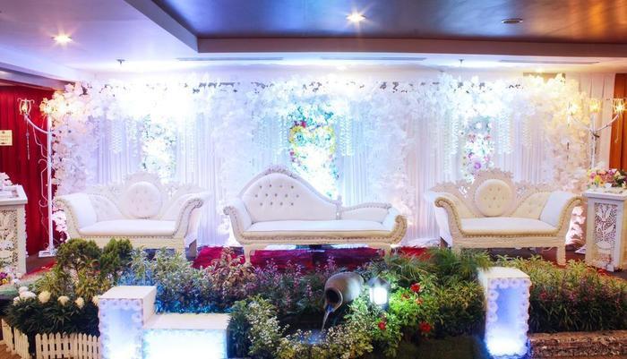 Maestro Hotel Kota Baru Pontianak - Set Up Pernikahan