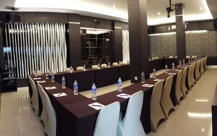 NIDA Rooms Panakukkang Mall Makassar - Ruang Rapat