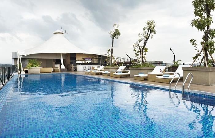 Satoria Hotel Yogyakarta Adisucipto - Pool