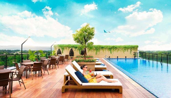 Satoria Hotel Yogyakarta Adisucipto - Kolam renang