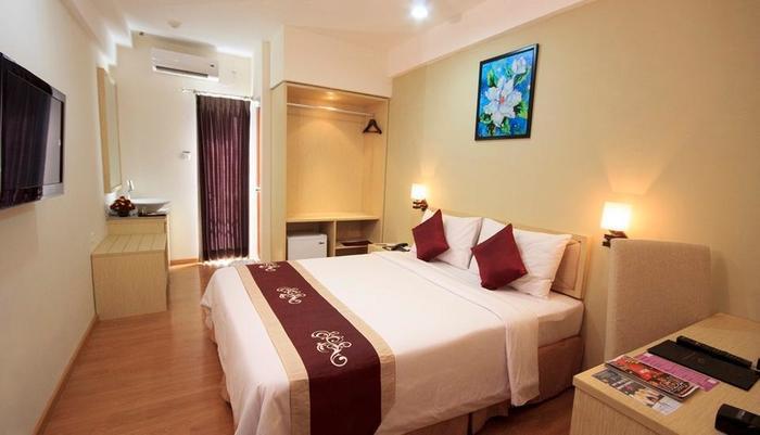 Gunawangsa Manyar Hotel Surabaya - Deluxe Room