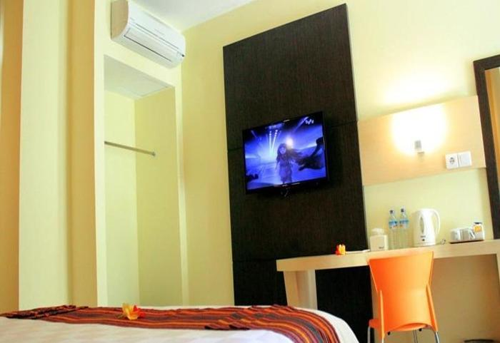 M Hotel Lombok - Kamar Deluxe