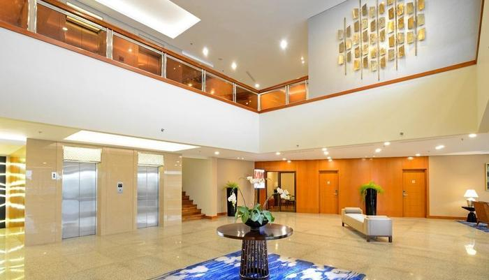 Hotel Surya Prigen Tretes - Lobby