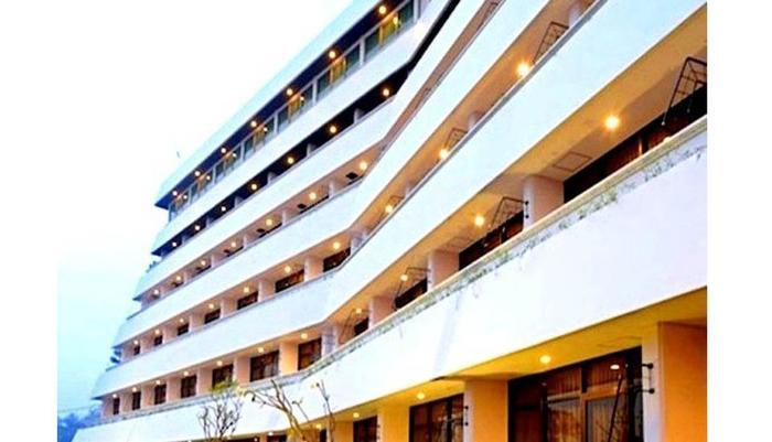 Hotel Surya Prigen Tretes - Eksterior1
