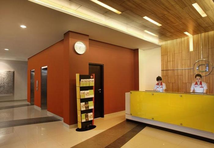 Amaris Hotel Malang - Resepsionis