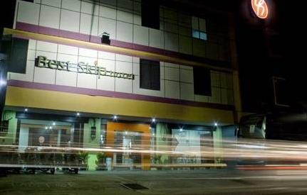 Best Skip Hotel Palembang -