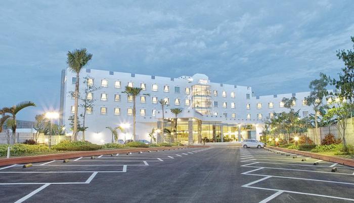 Horison Forbis Hotel Cilegon - bangunan