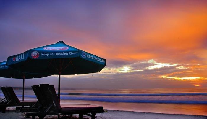 Bemo Corner Guest House Bali - Pantai Kuta