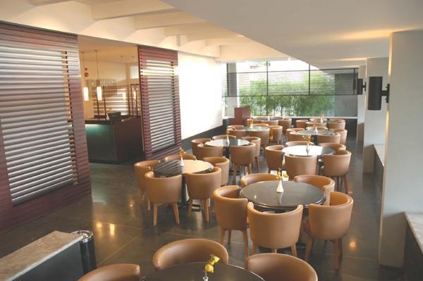 Setiabudi Hotels, Bandung - Book Cheap Hotel in Setiabudi