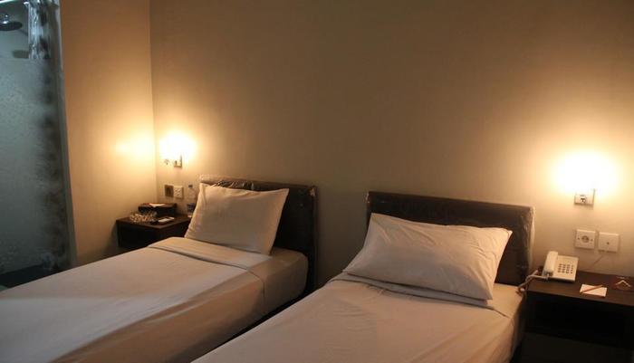Antoni Hotel Jakarta - Kamar Tamu