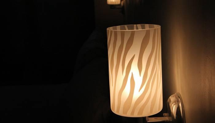 Antoni Hotel Jakarta - lampu malam