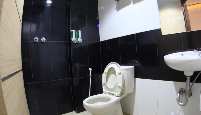 Antoni Hotel Jakarta - Kamar mandi