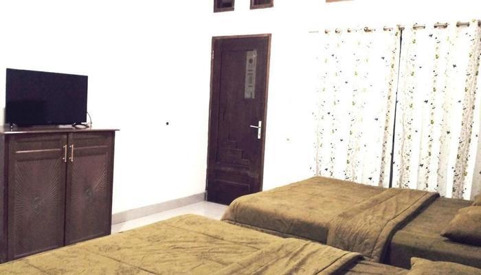 Hotel Buah Sinuan Lembang - New Grand Balcony Family